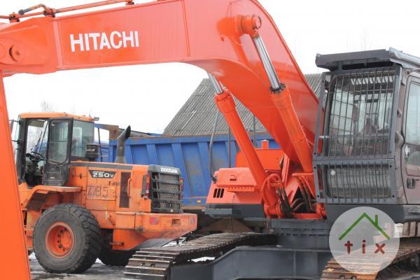 продаю экскаватор Hitachi