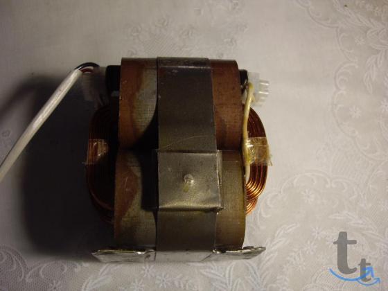 100 вольт трансформатор для импортной аппаратуры.
