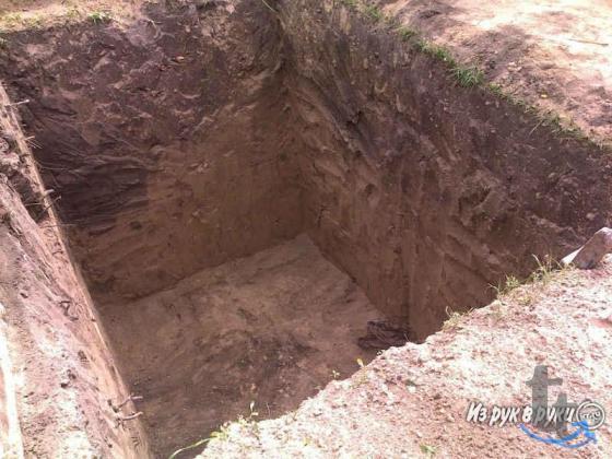 Земляные работы,копка,дренаж,канавы,погреб,грунт