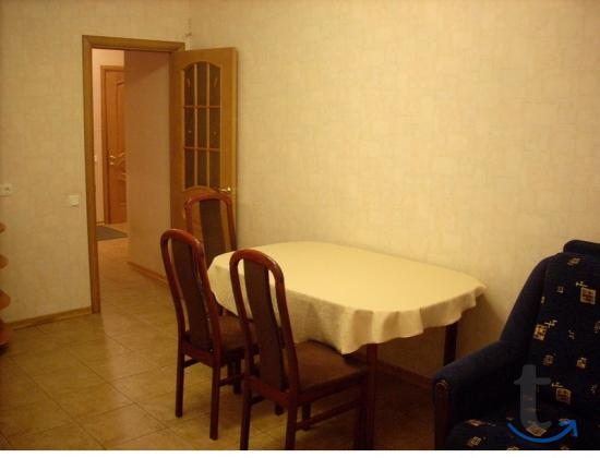 Сдаю на часы и сутки 1-комн квартиру на пр. Ленина,76