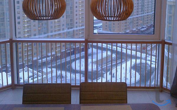 Ограждение барьер деревянное для окон, эркеров