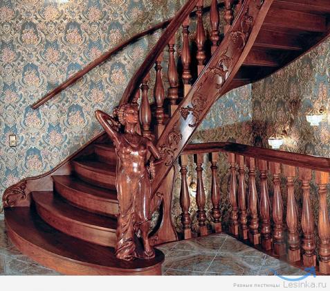 Изготовление лестниц из натурального массива дерева