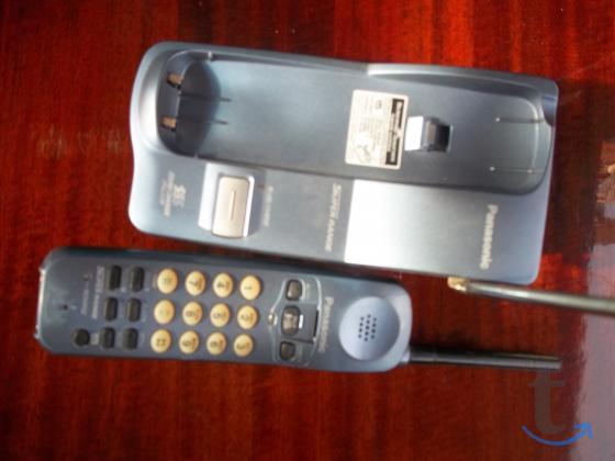 Телефоны проводные стационарные .