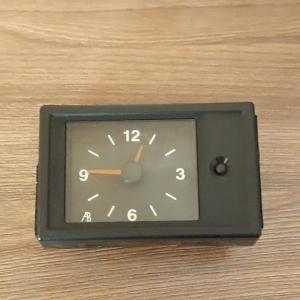 Часы аналоговые на Ваз 2110