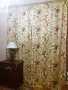 Предлагаем подшить шторы для Ваших окон