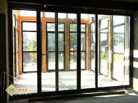 Раздвижные (портальные) деревянные окна и двери
