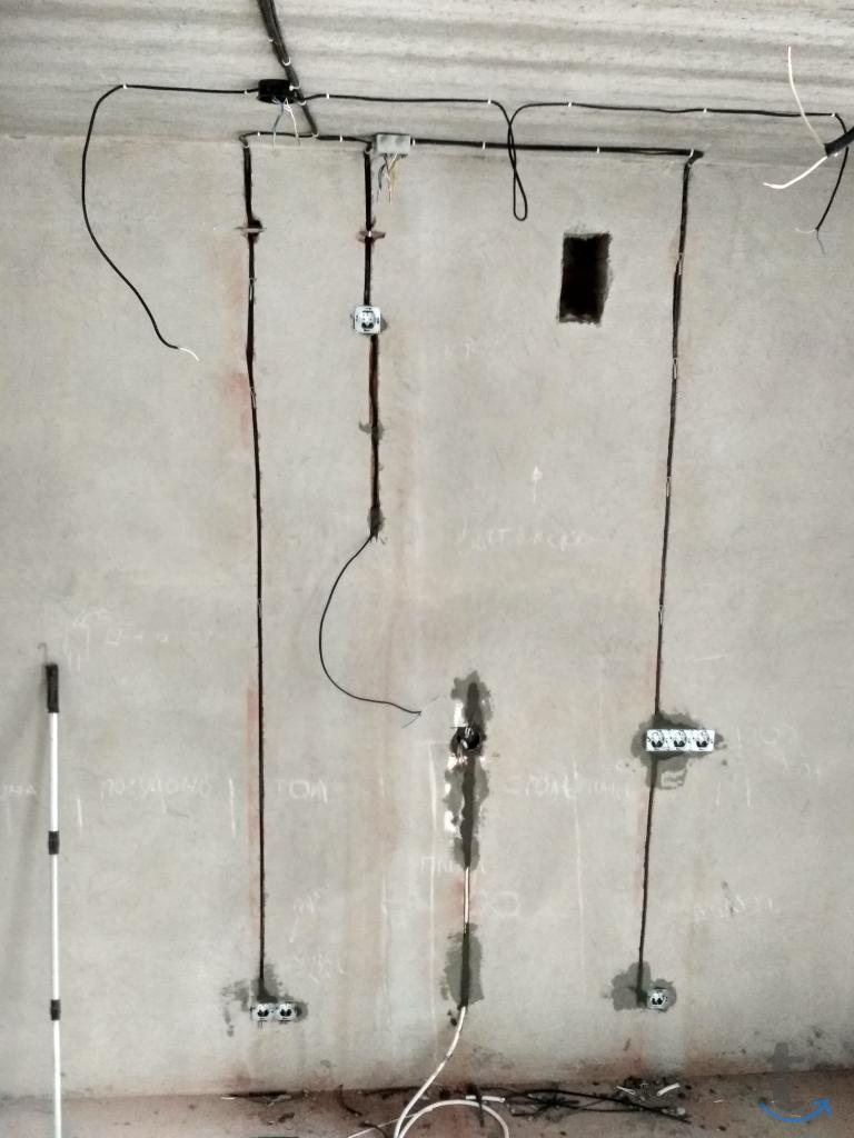Услуги электрика в Омске и области