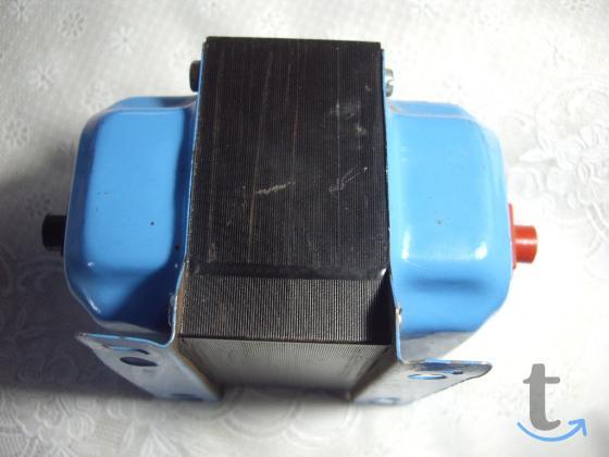 Трансформатор  220110 вольт MADE IN  SPAIN