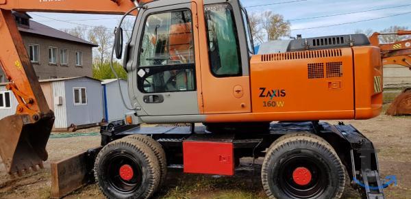 Продам колесный экскаватор Хитачи ZX-160W