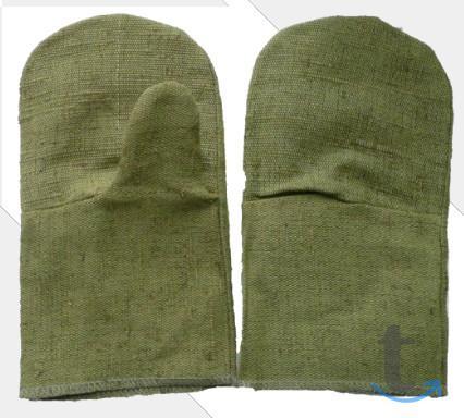 Купить рукавицы рабочие разных в...