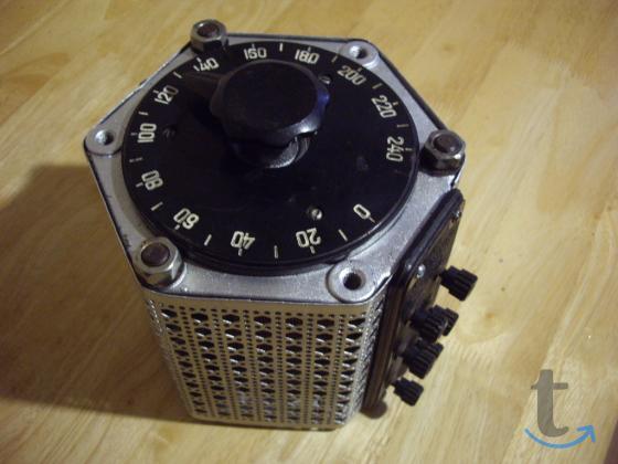 Регулируемый  автотрансформатор