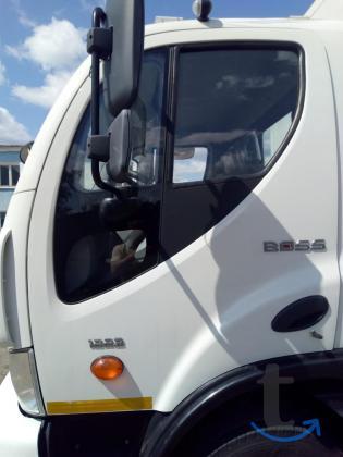 Грузовой автомобиль ASHOK LEYLAND 1223 BOSS  D120