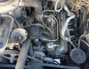 Двигатель ЗИЛ-131 в городеЧелябинск