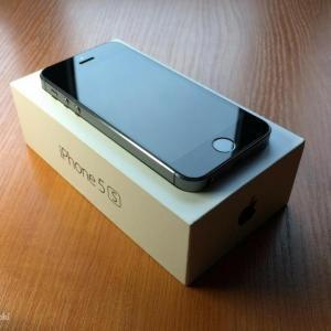 Новый iPhone 5s (32gb) black