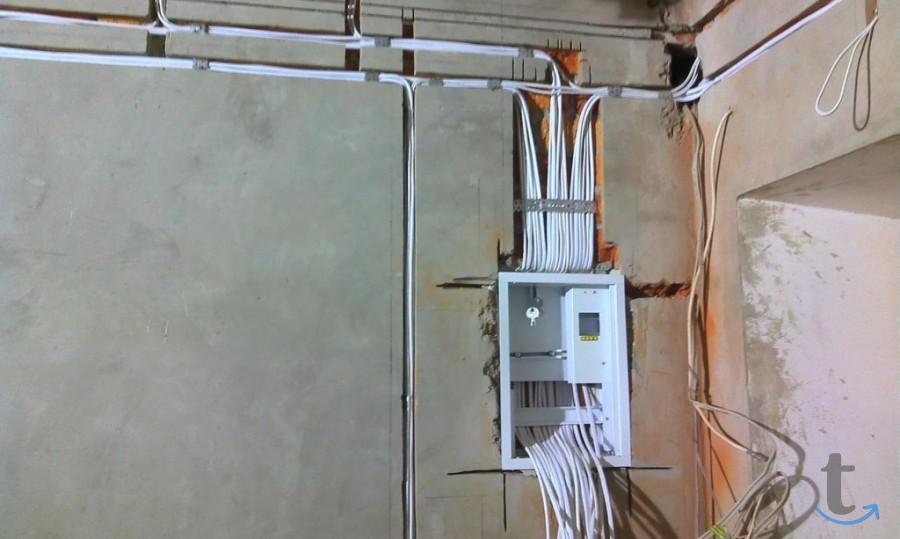 Замена электропроводки дома и в ...
