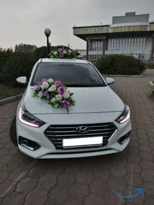 Украшения автомобиля на сва... в городеТомск