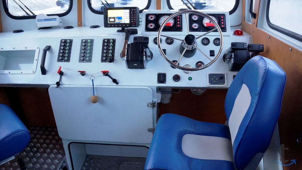 Грузовой катер Баренц 1200 с апп...