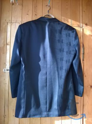 Пиджак темный двубортный классический