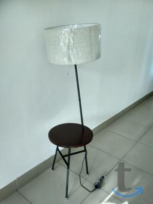 Торшер со столиком из экологичес...