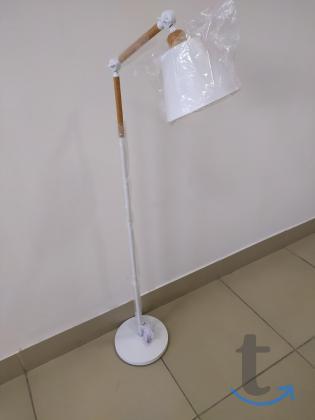 Регулируемый торшер с металлическим плафоном