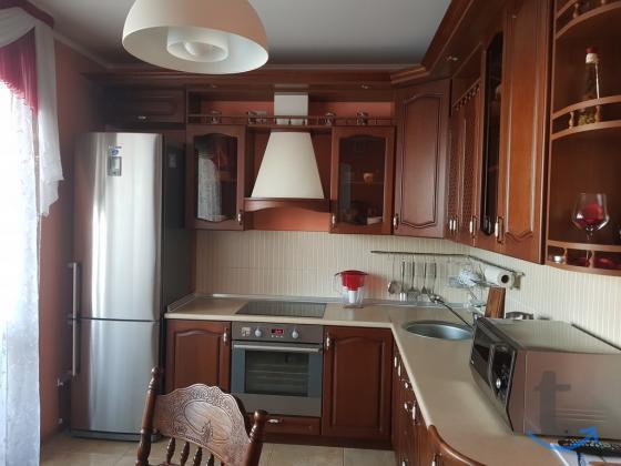 Продажа 2-комнатной квартиры, 60.6 м²  ул. 6-я Линия,
