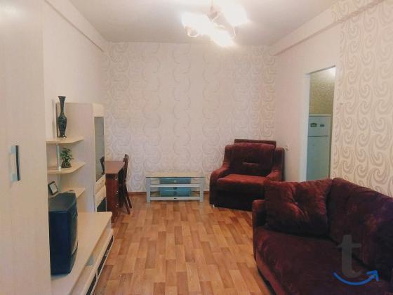 Посуточно уютная квартира на проспекте Стачки