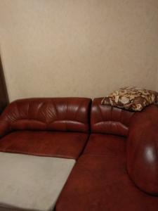 Продается диван кожаный