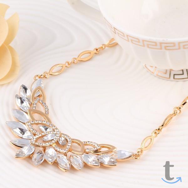 Хрустальный цветок. Ожерелье юве...