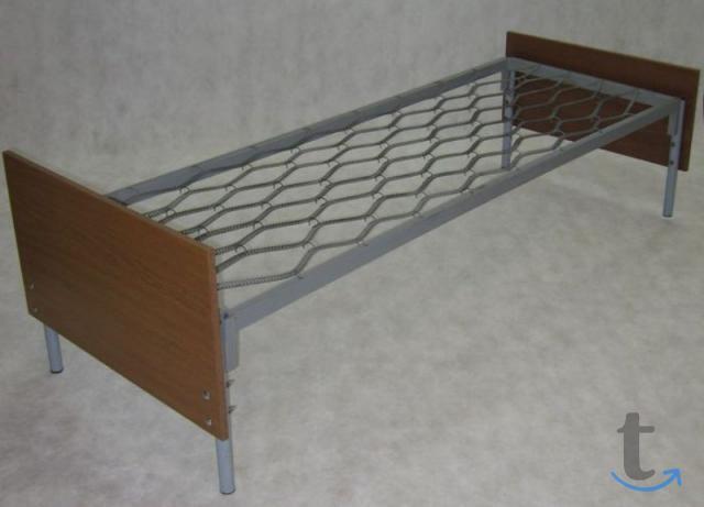 Практичные металлические кровати