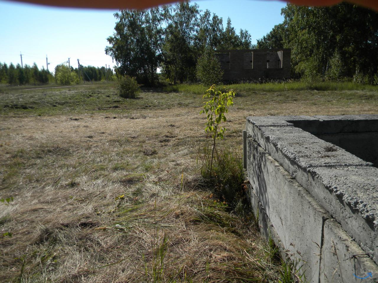 продаю земельный участок с цокольным этажом для дома