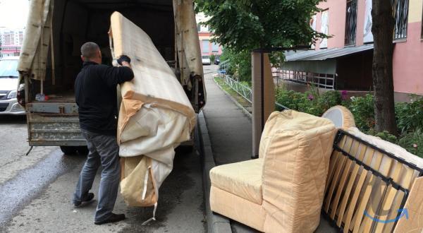 Вывоз старой мебели, быт.техники на свалку