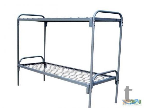 Долговечные кровати металлически...