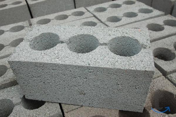 Блоки мелкоштучные керамзитобето...