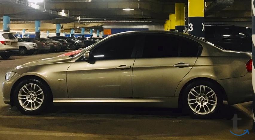 Продаю автомобиль BMW 3 серия, 2010