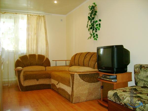 Отдельный дом 3 комнаты.