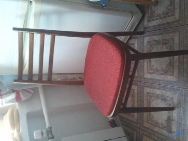 деревянные полумягкие стулья