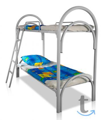 Трехъярусные кровати из металла