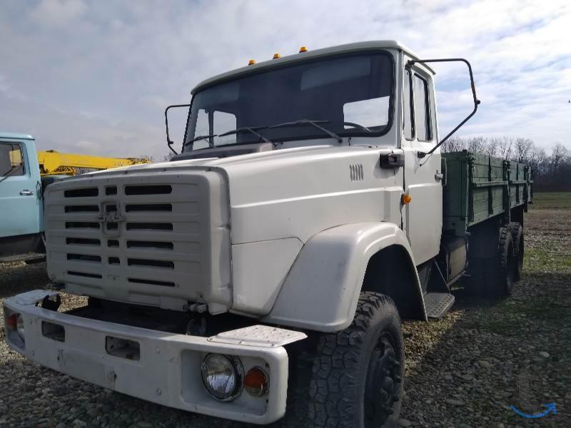 Зил-133 г40 бортовой