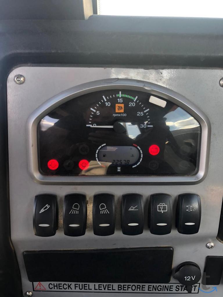 Экскаватор погрузчик JCB 3CX 201...