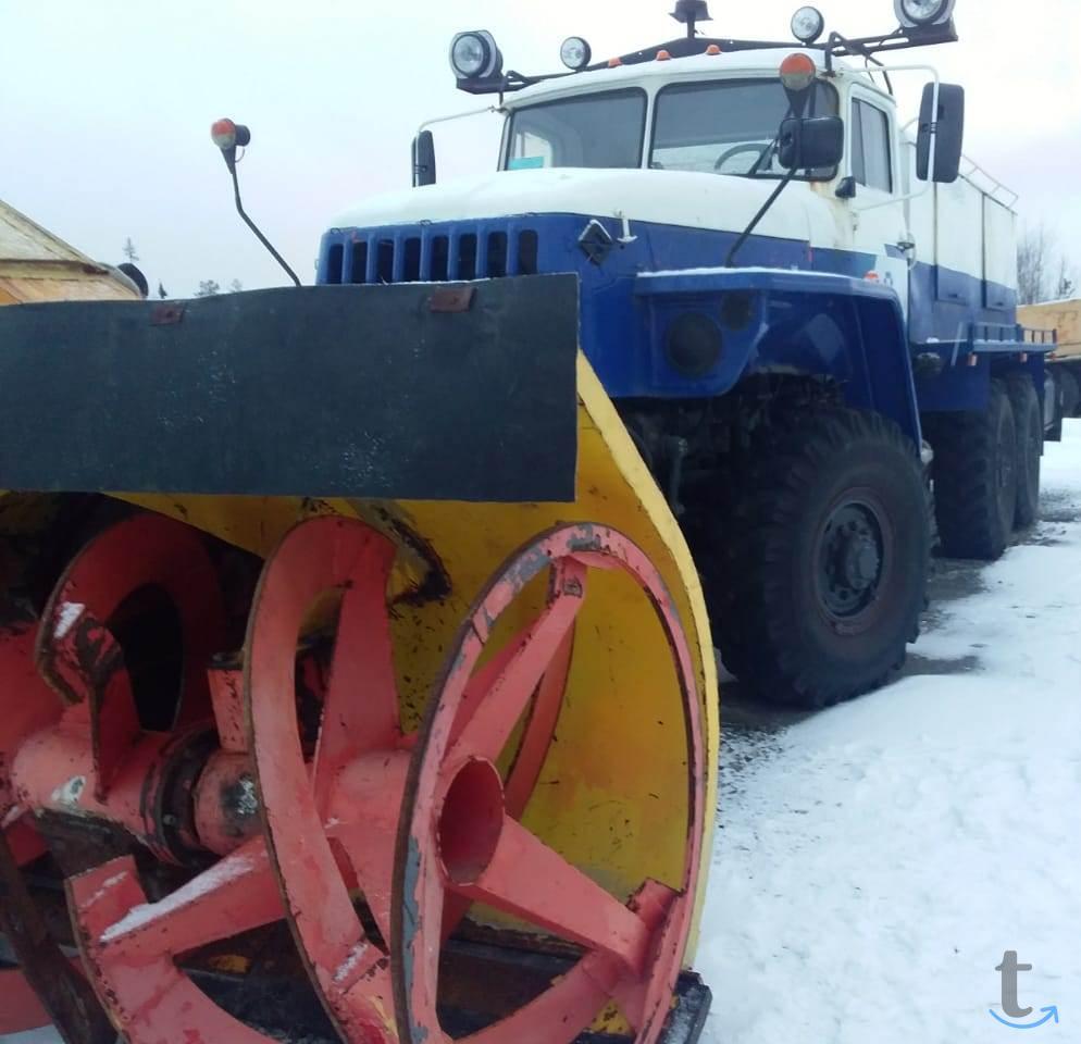 Продам машину МЧС,шнекороторный снегоочиститель;Урал