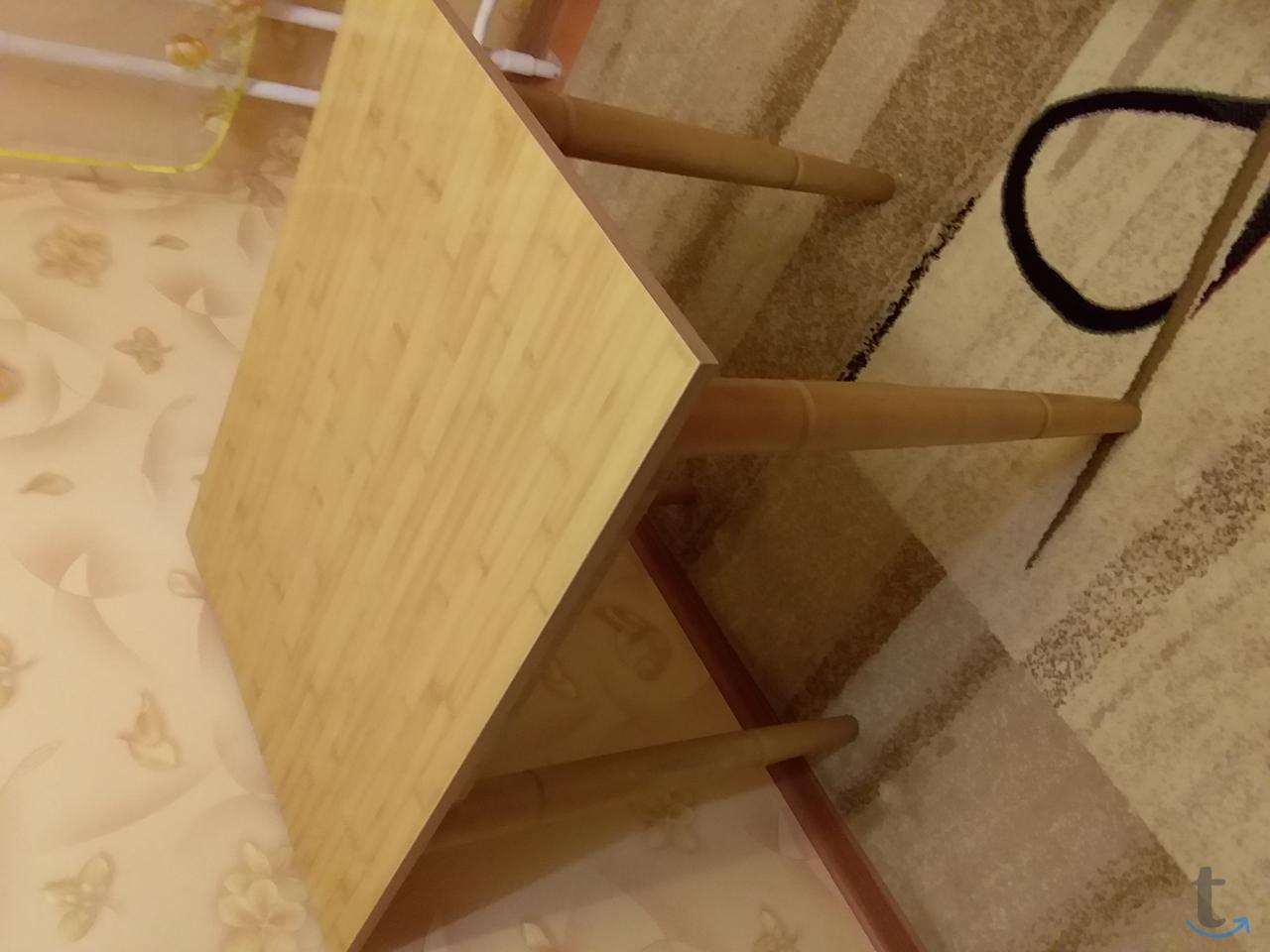 стол полированный кухонный