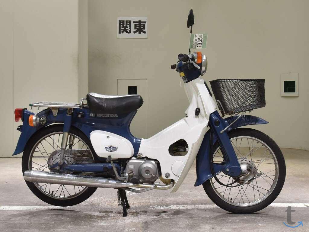 Мотоцикл дорожный Honda C50 Supe...