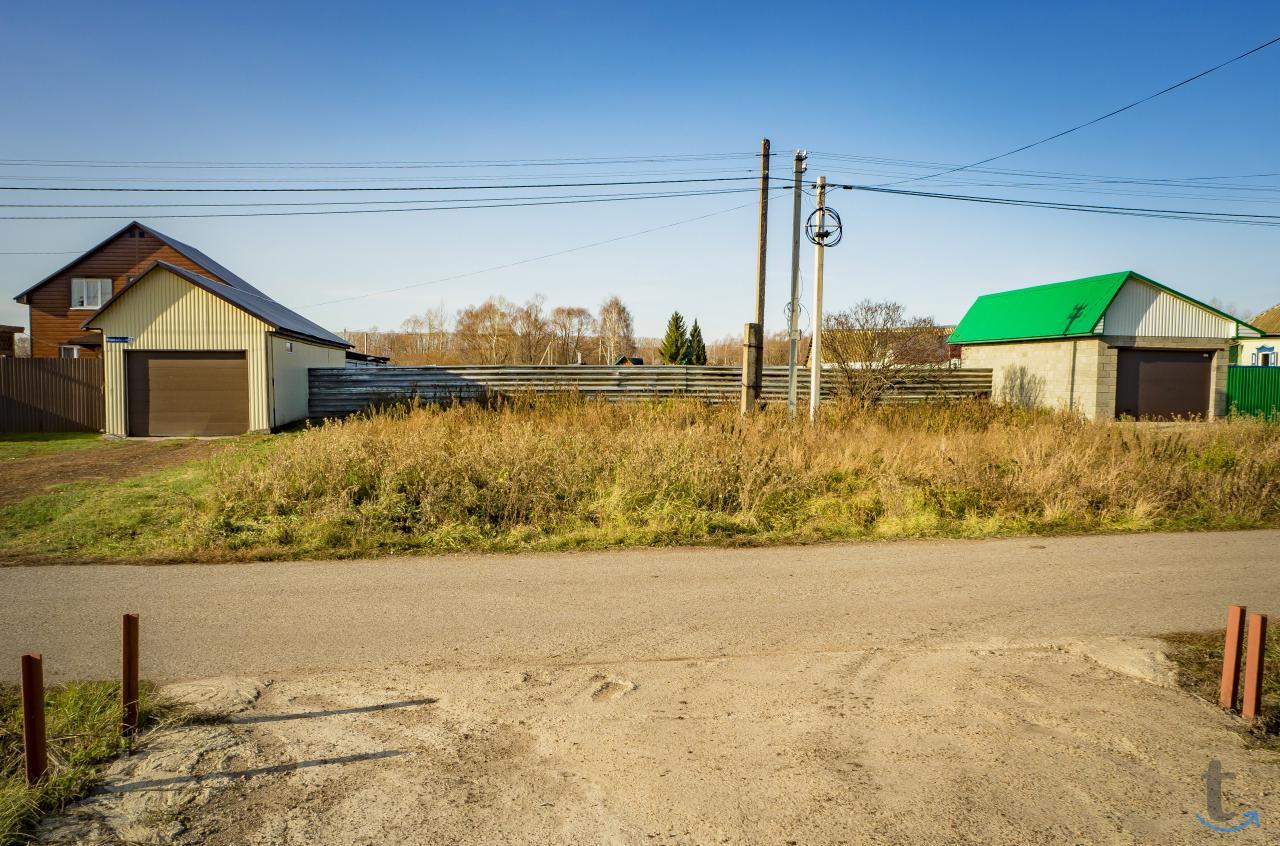 Земельный участок в д. Фомичево ...