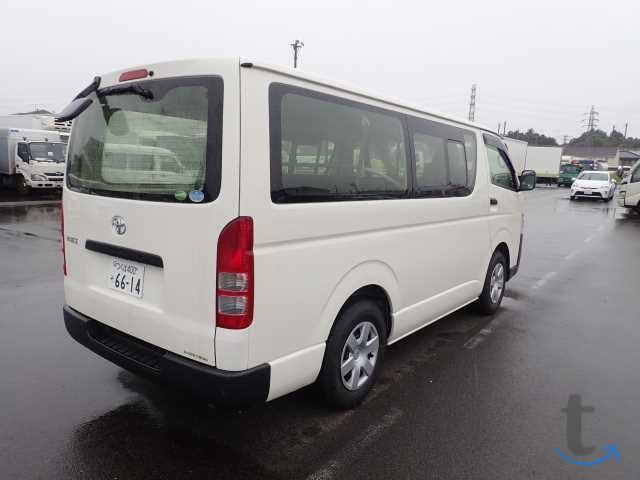 Грузопассажирский микроавтобус Toyota Hiace Van