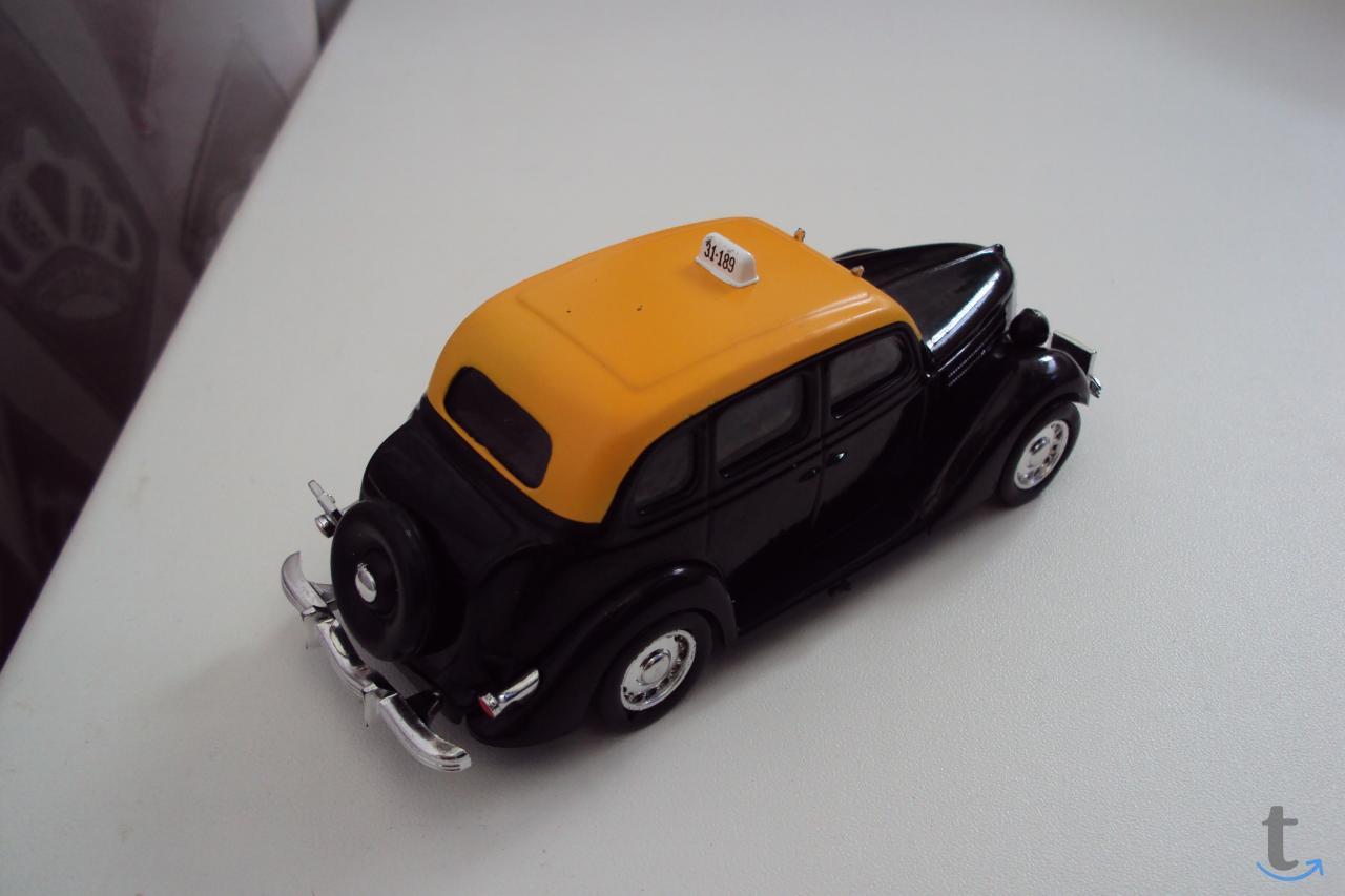Автомобиль Ford V8 Montevideo-1950