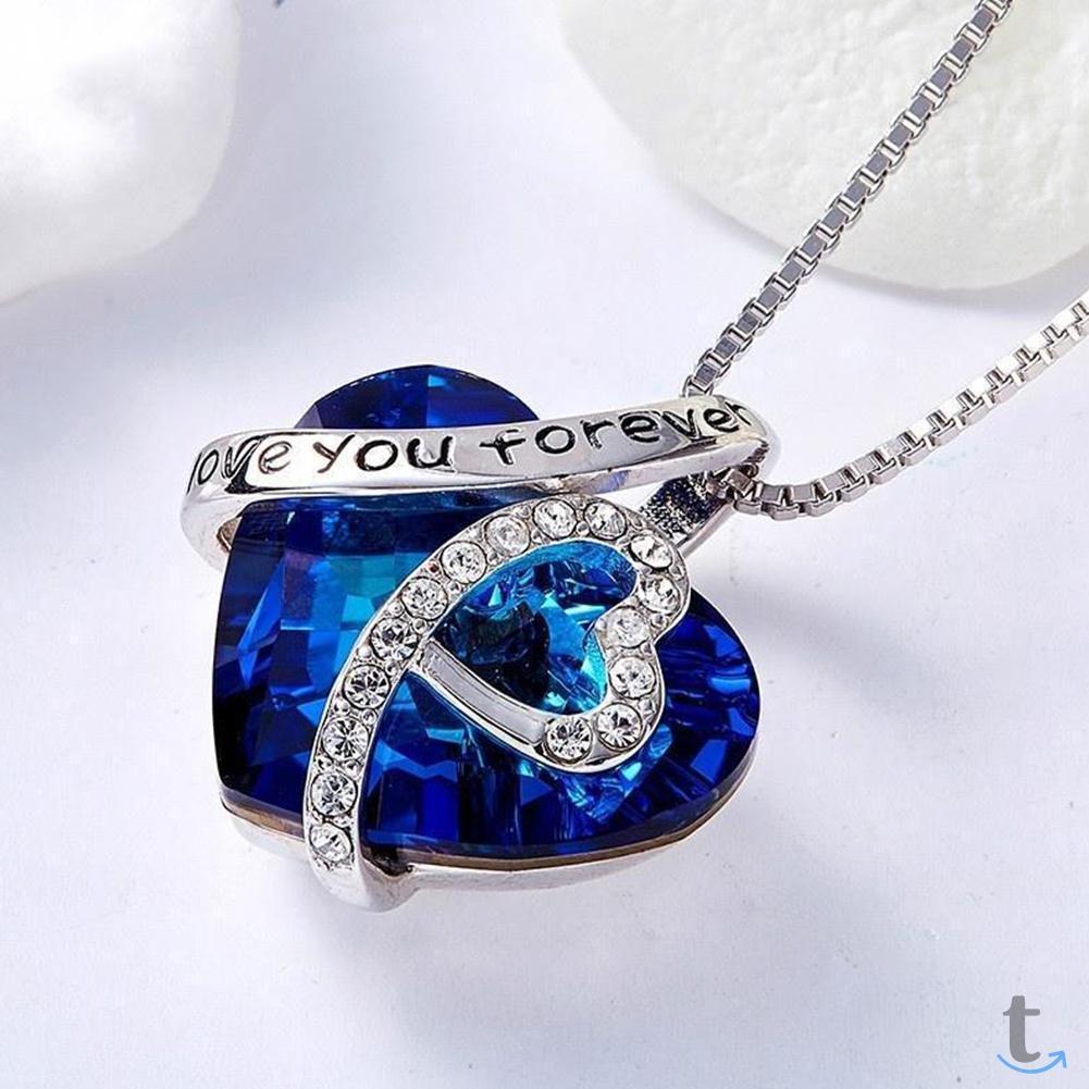 Ожерелье в виде сердца Love