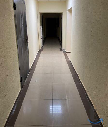 1 кв. 37/18/11 , 3/5 этаж, кирпич.