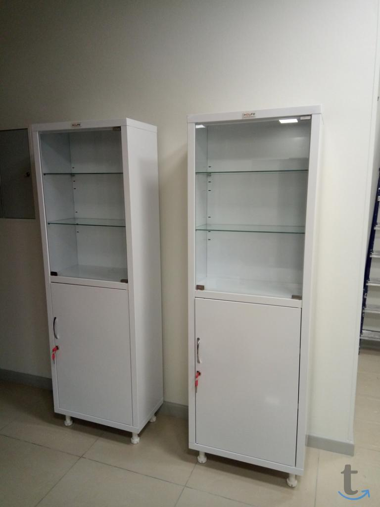 Шкаф медицинский