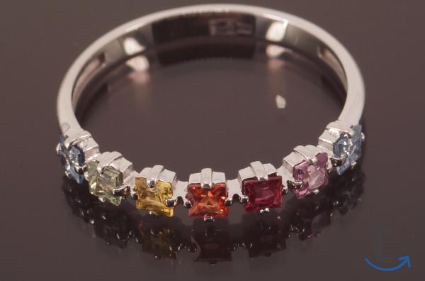 Кольцо золотое с разноцветными С...